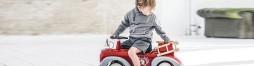 Kinderfahrzeuge und Aufsitzspielzeug